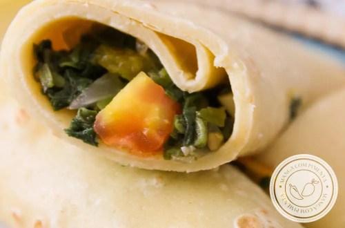 Panqueca Recheada com Espinafre e Tomate - Almoço Nutritivo para semana ou levar na marmita!