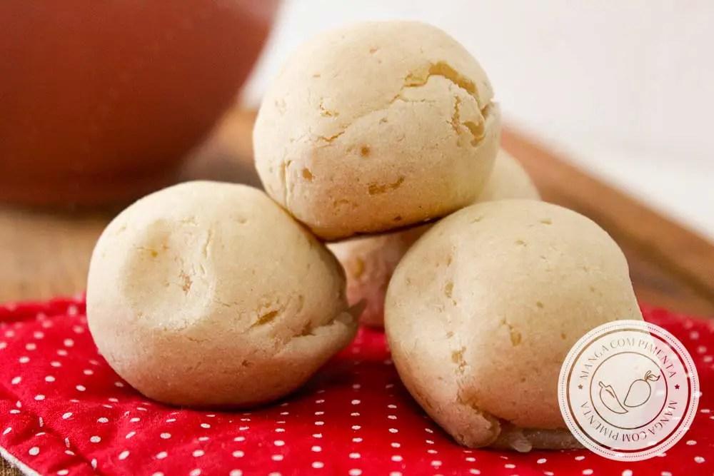 Pão Sem Queijo Vegano feito com Batata Doce e Polvilho - uma delícia para o chá da tarde!