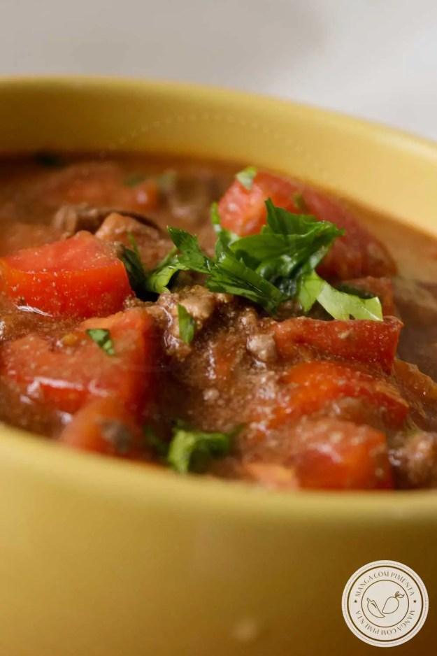 Receita de Ragu de Fígado de Galinha - um prato caseiro, nutritivo e delicioso para o almoço ou jantar!