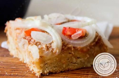 Receita de Massa de Pizza para Aniversário com Atum e Cebola - uma receita para alegrar o dia da criançada e da família!