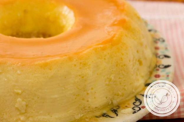 Receita de Pudim de Leite Condensado - uma sobremesa clássica e deliciosa para os dias comuns e para os dias de festa.