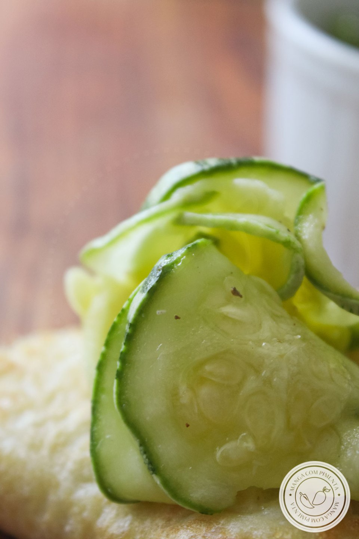 Receita de Carpaccio de Abobrinha - prepare em casa para petiscar, lanchar ou servir junto com a salada nas refeições da família.