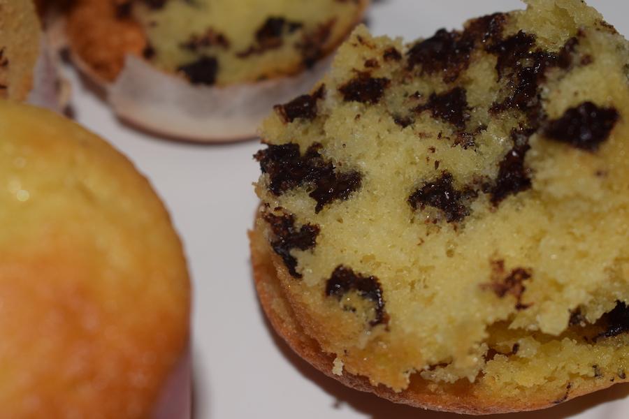 muffins aux yaourt, pépites de chocolat et parfums du Maroc