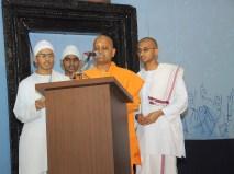 0024 Vedic Chanting by Ashrama Inmates