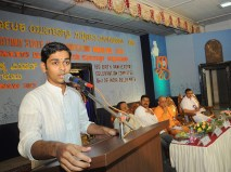 0046 Sri Adarsh Gokhale addressing the gathering