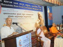 0106 Dr Shikaripura Krishnamurthy addressing the delegates