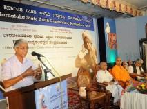 0108 Sri Kajampady Subrahmanya Bhat addressing the gathering