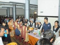 0124 Volunteers Serving the lunch