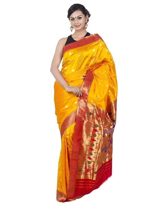 buy-handloom-paithani-saree-online-1050932_960_720