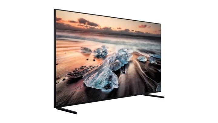 Kupte si QLED 8K televizor Samsung a dostanete jako dárek smartphone Galaxy S10