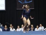 Gymnastka-Katelyn-Ohashi-video