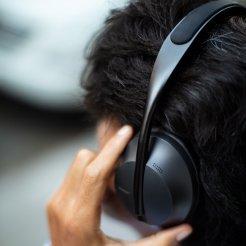 Bose_Headphones_700_Black_1987_11