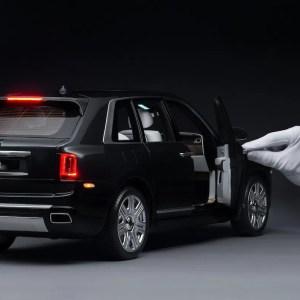 model-Rolls-Royce-Cullinan- (4)