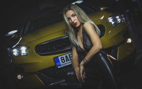 cara-loves-lingerie-kia-xceed-mangazine_cz-original- (30)
