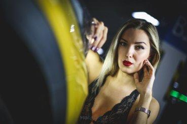 cara-loves-lingerie-kia-xceed-mangazine_cz-original- (34)