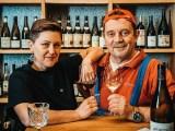 Vinograf bojuje a láká na zábavnou online degustaci vína s Petrem Čtvrtníčkem