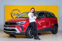2021-Eva_buresova-a-Opel_Crossland- (2)