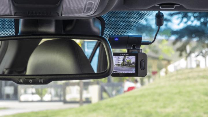 TrueCam M9 GPS 2.5K: Video lepší jak z veřejných kamer