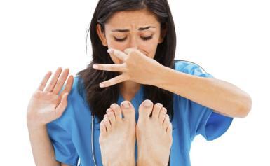 Mẹo trị chứng hôi chân