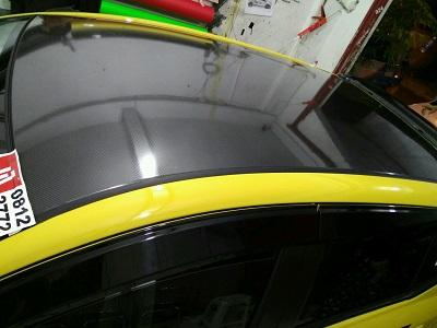 wrapping stiker mobil   carbon atap mobil di bandung   mangele stiker 081227722792