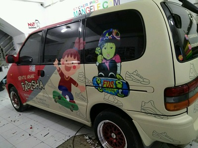 stiker-mobil-bandung-branding-fadisa-mangele