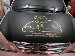 stiker-mobil-bandung-avanza-sampurasun-mangele (3)
