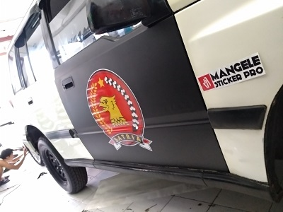 stiker mobil branding   Escudo Branding di bandung   mangele stiker 081227722792