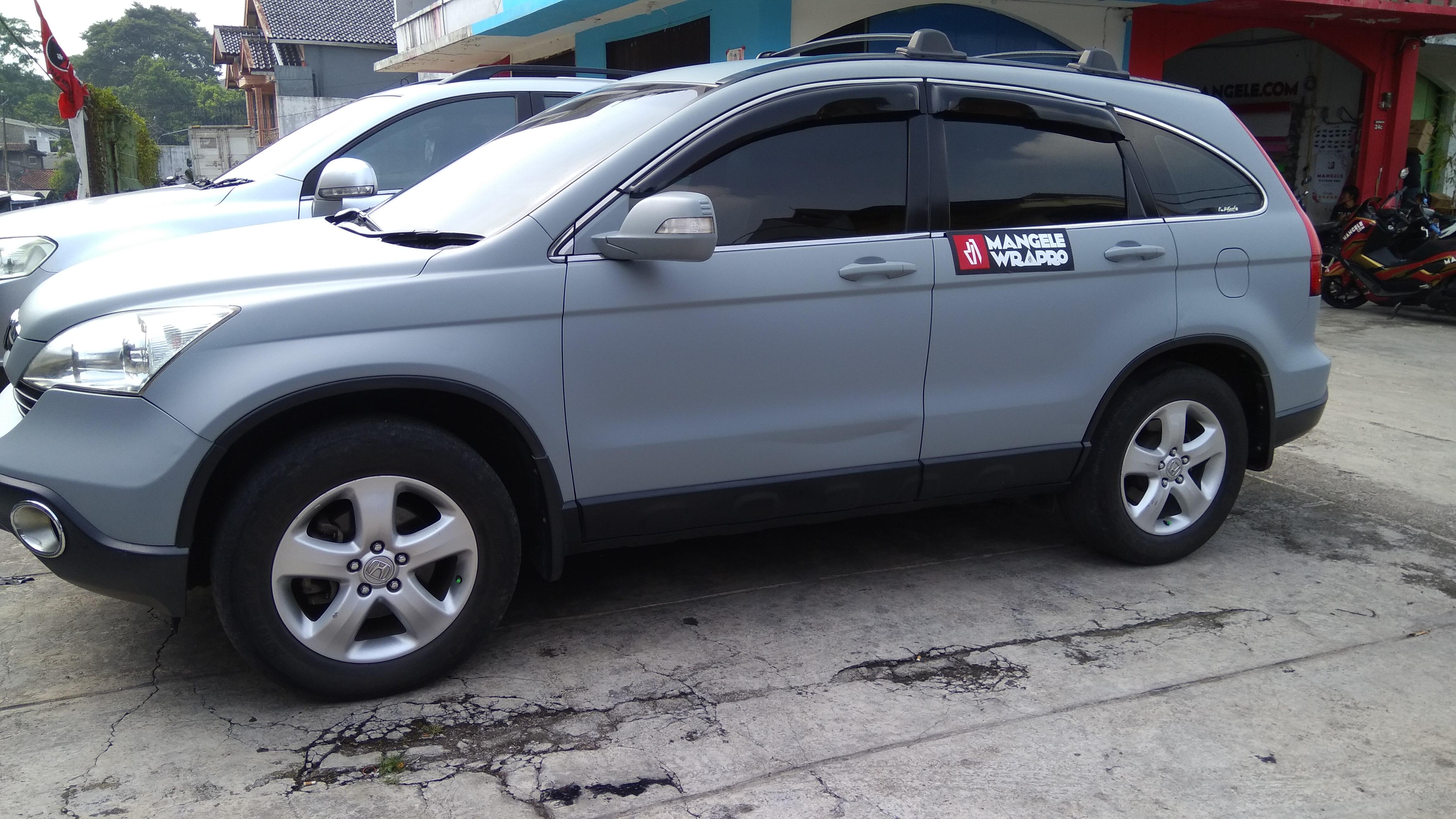 wrapping stiker mobil | Abu Doff Stiker CRV di Bandung | mangele stiker 081227722792
