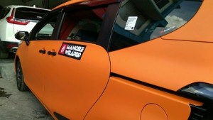 stiker-mobil-bandung-sienta-orange-doff-mangele