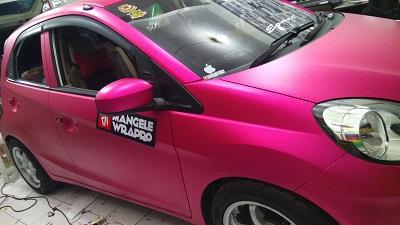 wrapping stiker mobil   Brio Magenta Matte Premium   mangele stiker 081227722792