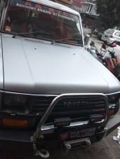 stiker-mobil-bandung-kap-mesin-silver-jeep-mangele