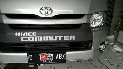 branding stiker mobil | hiace commuter | mangele stiker 081227722792