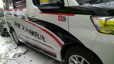 cutting stiker mobil | cutting luxio keren di Bandung | mangele stiker 081227722792