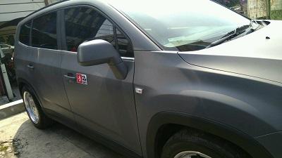 stiker-mobil-bandung-wrapping-chevrolet-dark-grey-mangele