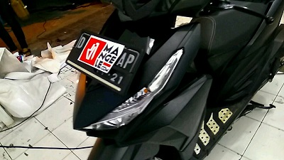 wrapping stiker motor | Stiker Hitam Doff Vario | mangele stiker 081227722792