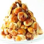Daring Bakers: Pièce Montée and a Croquembouche