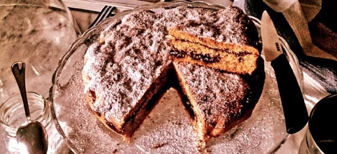 crostata Morbida di Marina Braito senza glutine e con marmellata di mirtilli neri