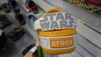 crocs-starwars-crog[12]