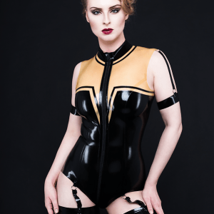 Straped Body (1)_Spikes'n'Stripes_Maniac Latex