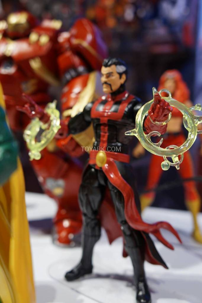 Marvel Legends dr Strange 2015