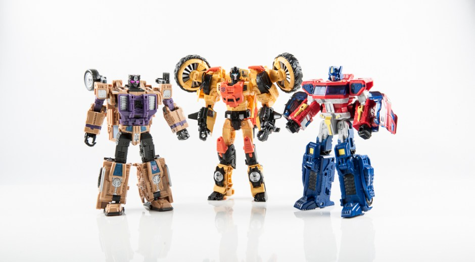 transformers masterpiece swindle combaticon g1 bruticus decepticon warbotron sly strike combiner gestalt combaticons optimus prime sandstorm