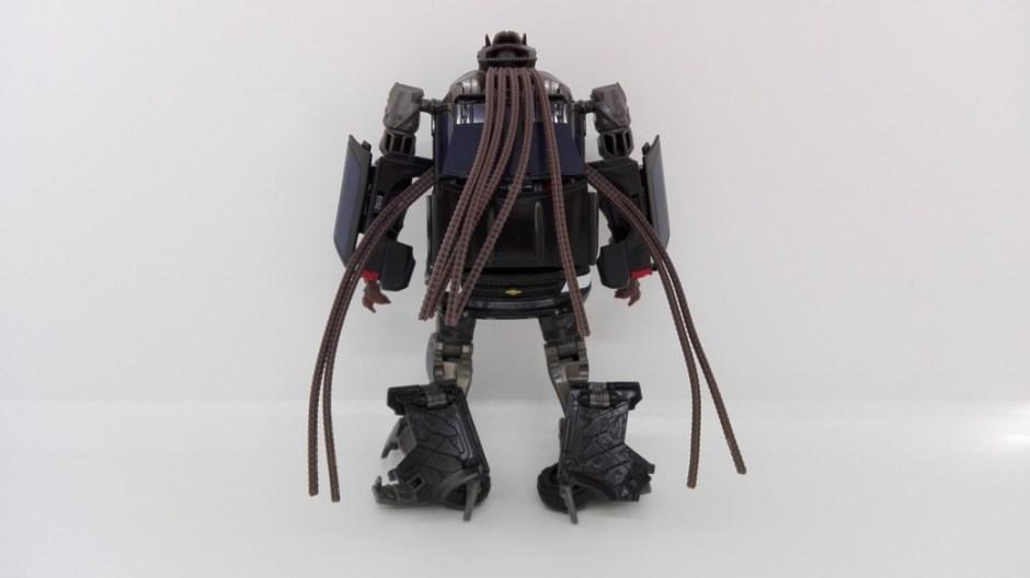 Transformers Studio Series Crowbar robot-back