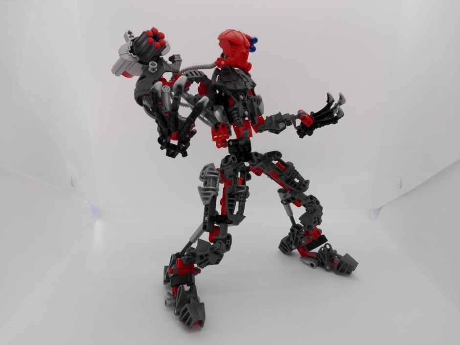 LEGO Bionicle 8924 Maxilos & Spinax Maxilos-pose-4