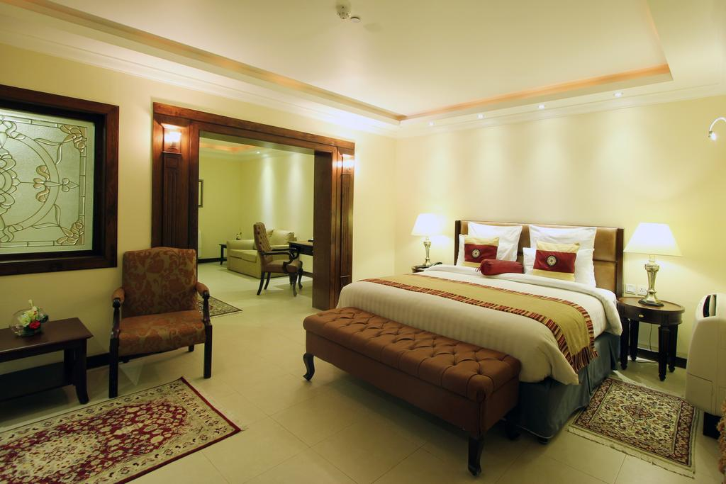 Suite at Faletti's hotel in Lahore
