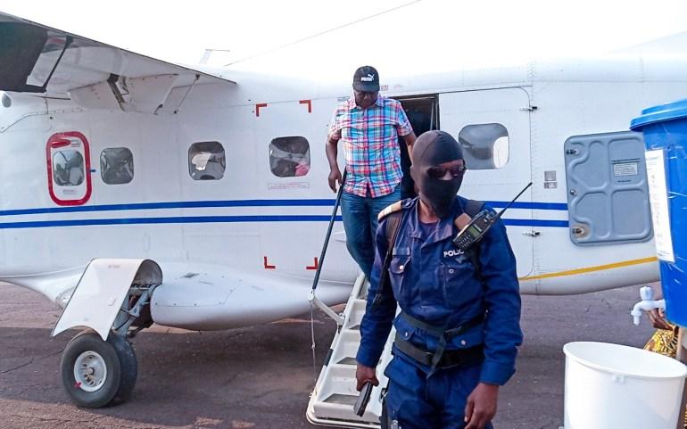 Maniema : Le Gouverneur a regagné Kindu après un séjour itinérant fructueux dans la recherche de la paix à Salamabila