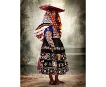 costume_traditionnel_f__minin__district_de_tinta__province_de_canchis__cuzco__710769205_north_883x.1