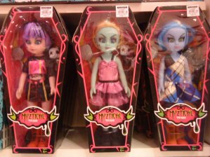 LIVING DEAD DOLLS COPYCAT!