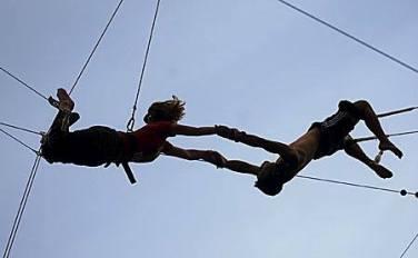 trapeze manila kids