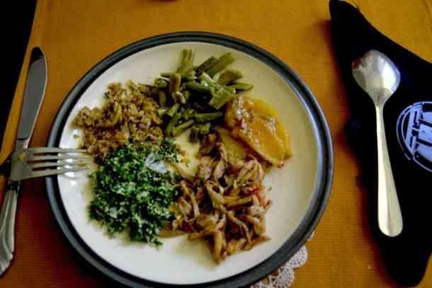 Lunch food in Plantation Villa Resort in Kalutara-Sri Lanka. maninio.com #resortsrilanka #villaresort