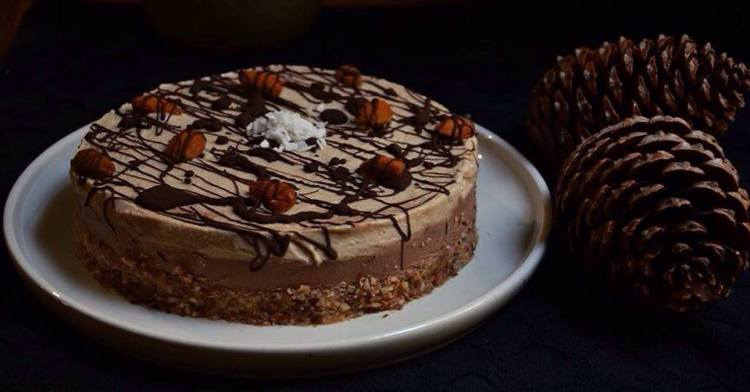 chocolate coffee cheesecake, no bake, Vegan. maninio.com #vegancheesecake #coffeecheesecake